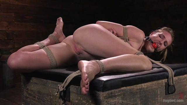 seks-ispitaniya-dlya-zhenshin-bdsm-foto