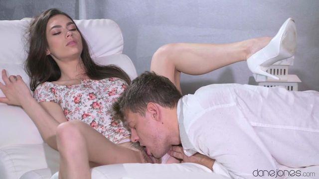Дама секс с нежной девушкой колготках
