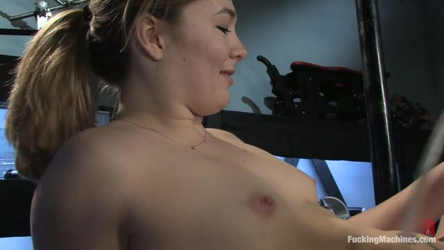 Электро секс девушка кончает, просто порно толстый