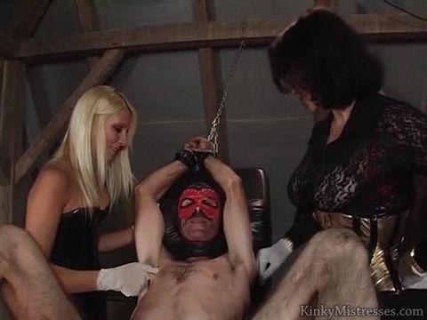 Порно видео мужика связали истязают член