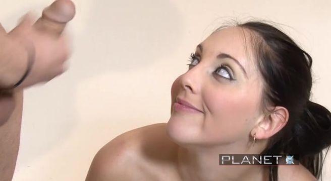 Брюнетки с голубыми глазами секс видео