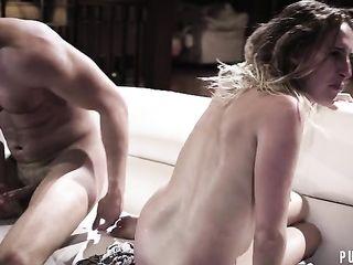 Порно стрим девушка с двумя мужиками жестко трахается