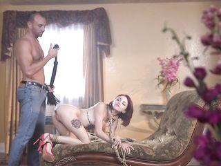 Выпорол молодую гулящую жену, связал и трахнул в попку и киску
