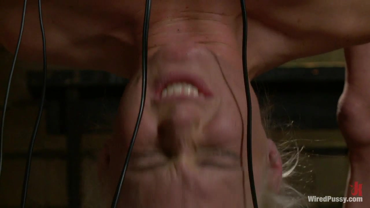 Самое жест пытка женшин порно