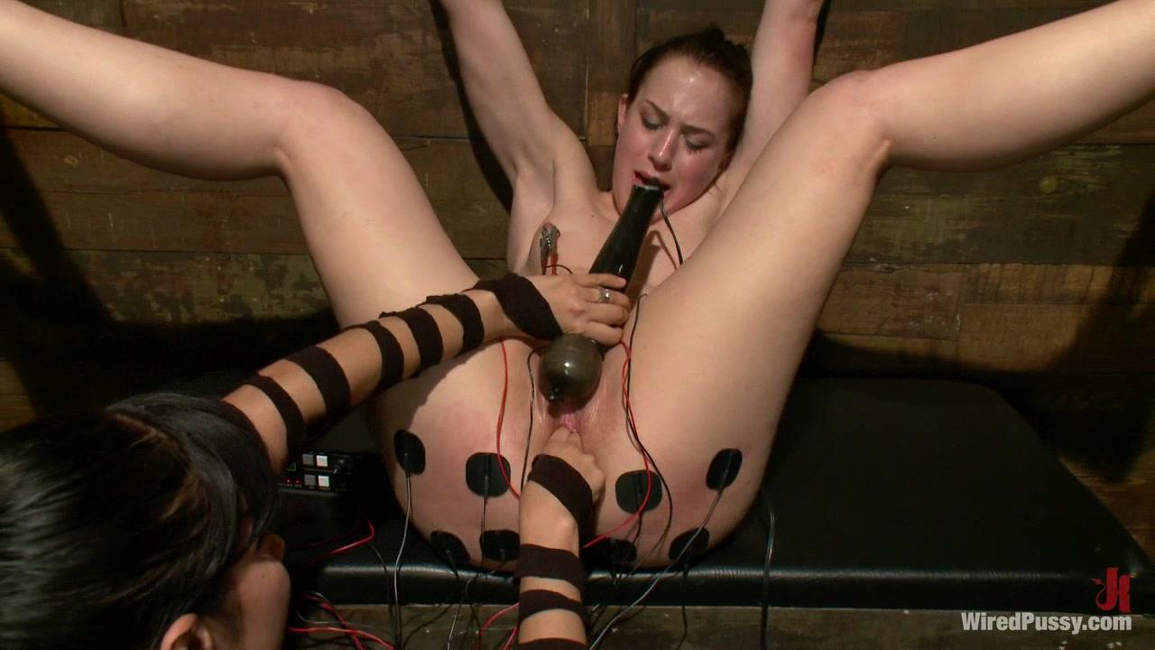 Оргазм от тока видео