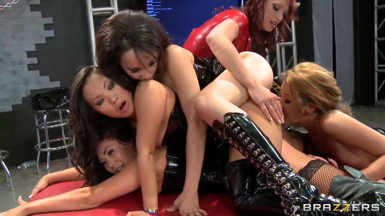 Сексуальные лесбиянки азиатки — photo 13