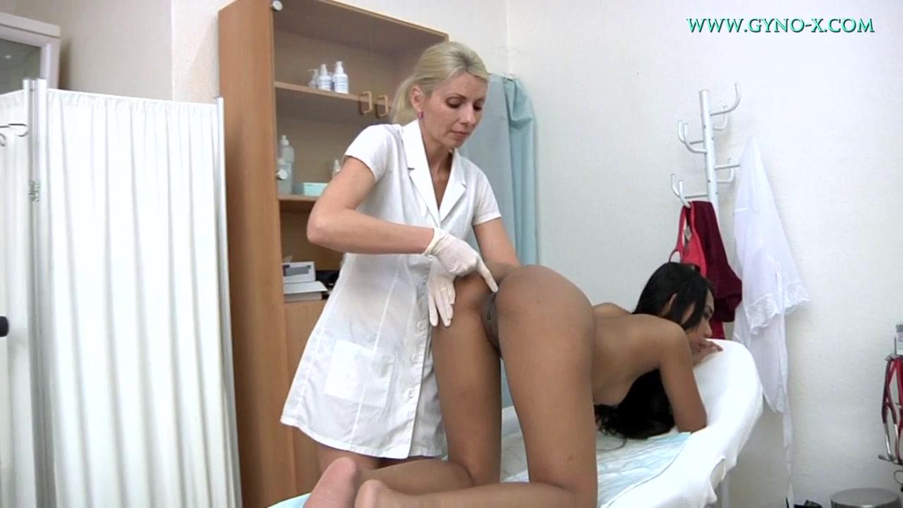 Гинекологические осмотры русских девушек жопу стульчике
